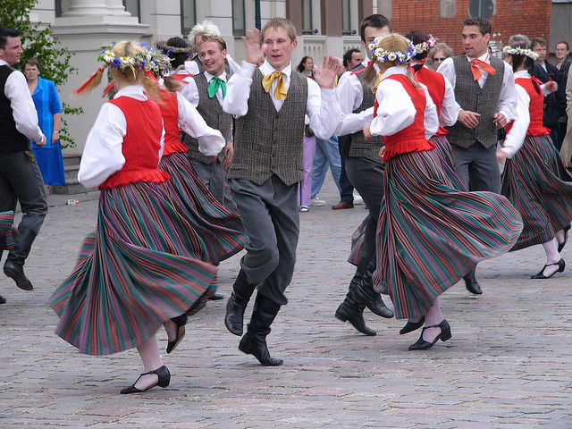 traditional dance in Latvia